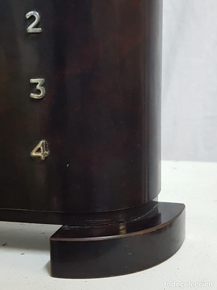 Relojes de carga manual: Reloj de sobremesa de madera - Foto 2 - 127652779