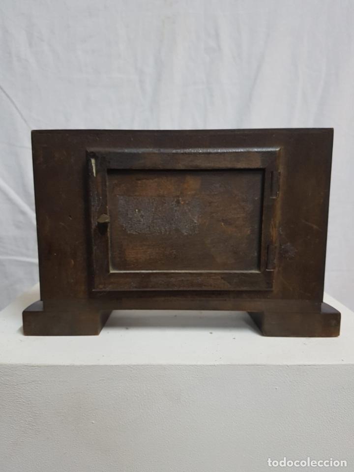 Relojes de carga manual: Reloj de sobremesa de madera - Foto 3 - 127652779