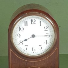 Relojes de carga manual: RELOJ DE SOBREMESA. MADERA DE CAOBA. SUIZA. CIRCA 1940.. Lote 127988863