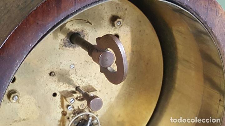 Relojes de carga manual: RELOJ DE SOBREMESA. MADERA DE CAOBA. SUIZA. CIRCA 1940. - Foto 8 - 127988863