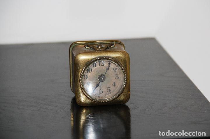 ANTIGUO RELOJ ALEMAN DOBLE FLECHA (Relojes - Sobremesa Carga Manual)