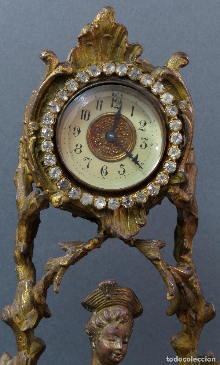 Relojes de carga manual: Reloj de sobremesa en bronce dorado francés finales del siglo XIX no funciona - Foto 2 - 129236759