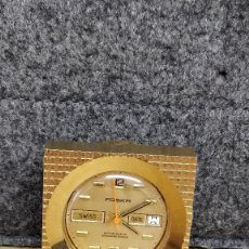 Relojes de carga manual: RELOJ DE MESA, IDEAL PARA DESPACHO, FOSKA, DORADO, SWISS MADE. FUNCIONANDO. Lote 129501523