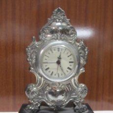 Orologi di carica manuale: RELOJ DE SOBREMESA DE PLATA CON PIE DE MÁRMOL. Lote 129533683