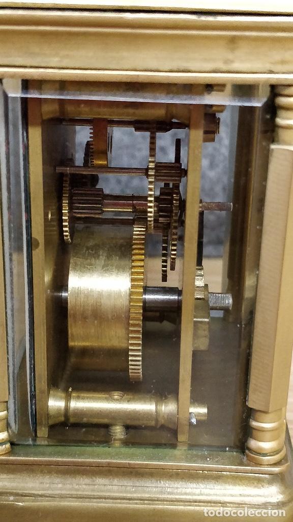 Relojes de carga manual: Antiguo reloj de viaje Elliott & Son, London. - Foto 4 - 129679903