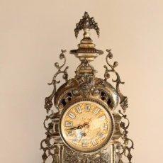 Relojes de carga manual: ANTIGUO RELOJ DE BRONCE. Lote 131304527