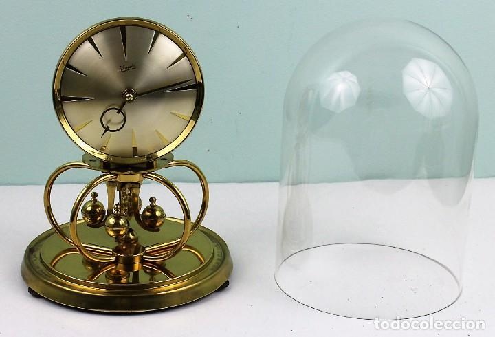 RELOJ KUNDO DE CUERDA PARA 400 DÍAS DE FUNCIONAMIENTO, AÑOS 50-60 (Relojes - Sobremesa Carga Manual)