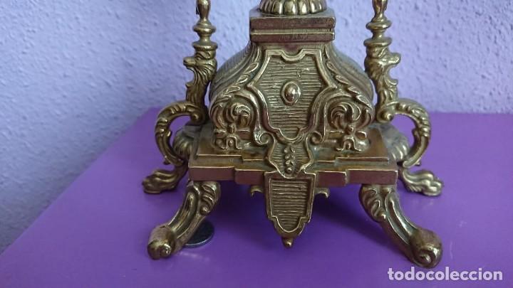 Relojes de carga manual: ANTIGUO RELOJ Y CANDELABROS BRONCE - Foto 7 - 132245246