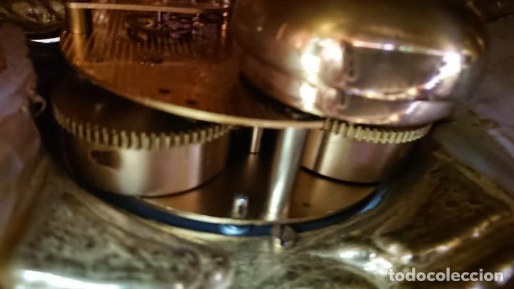 Relojes de carga manual: ANTIGUO RELOJ Y CANDELABROS BRONCE - Foto 17 - 132245246