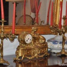 Relojes de carga manual: RELOJ DE SOBREMESA Y CANDELABROS ANTIGUOS. Lote 134866722