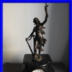 Relojes de carga manual: RELOJ MARMOL BELGA NAOLEON III TIPO NOTARIO CON FIGURA DE CALAMINA. Lote 135331646
