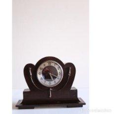 Relojes de carga manual: ANTIGUO RELOJ DE SOBREMESA. Lote 135449042