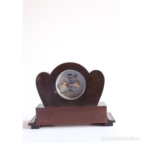 Relojes de carga manual: Antiguo reloj de sobremesa - Foto 2 - 135449042