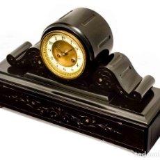 Relojes de carga manual: ANTIGUO RELOJ DE SOBREMESA EN MÁRMOL,DE ORIGEN FRANCÉS , DE ÉPOCA, FUNCIONANDO DE LOS AÑOS 1900. Lote 135588514