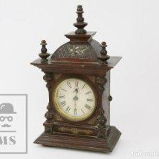 Relojes de carga manual: ANTIGUO RELOJ SOBREMESA JUNGHANS DE MADERA - EMBLEMA CARCAJ, ANTORCHA Y CORONA / BODA - FINAL S. XIX. Lote 136010326