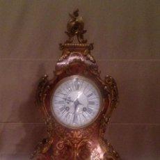 Relojes de carga manual: MAGNÍFICO RELOJ DE SOBREMESA ANTIGUO DECORADO CON MARQUETERÍA BOULLE, MAQUINARIA PARÍS.. Lote 136373910