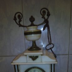 Relojes de carga manual: ANTIGUO RELOJ DE MARMOL. Lote 136634302
