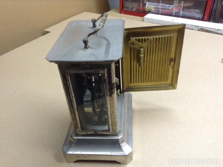 Relojes de carga manual: Antiguo reloj sobremesa funcionando - Foto 2 - 136718914