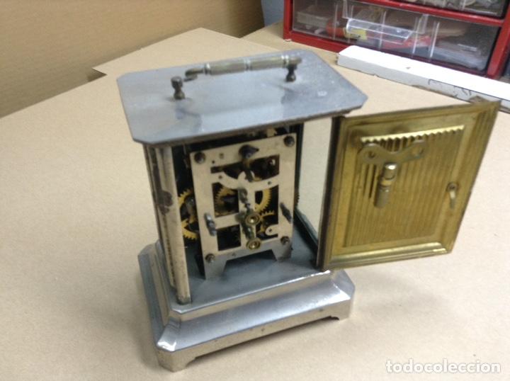 Relojes de carga manual: Antiguo reloj sobremesa funcionando - Foto 3 - 136718914