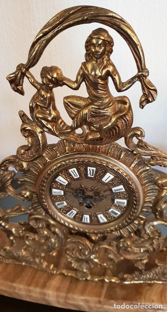 Relojes de carga manual: Reloj de bronce de cuerda. Está parado. - Foto 2 - 137261054
