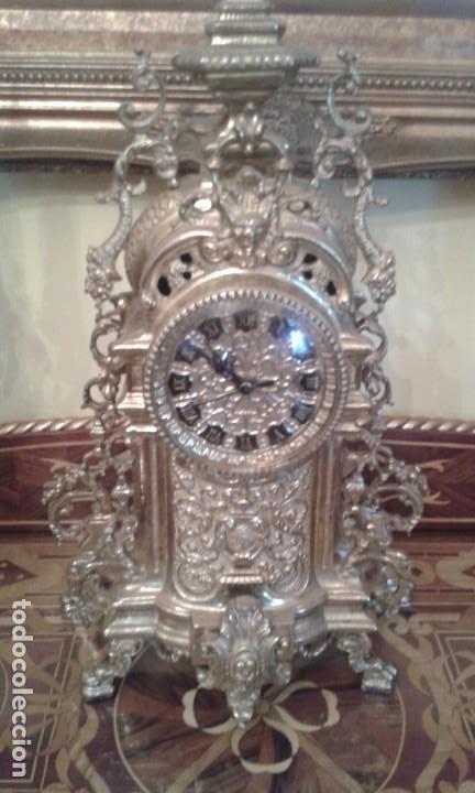 Relojes de carga manual: Reloj de bronce con candelabros - Foto 3 - 137596758