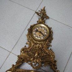 Relojes de carga manual: RELOJ SOBREMESA DORADO.MADE IN GERMANY. PARA DECORACION O PIEZAS.. Lote 139054702