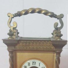 Relojes de carga manual: RELOJ VICTORIANO DE CARRUAJE DE BRONCE GOLIAT SONERIA AL PASO CASI A ESTRENAR DESPERTADOR FUNCIONA. Lote 139480114