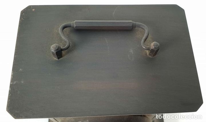 Relojes de carga manual: RELOJ DE SOBREMESA DE CARRUAJE. JUNGHANS. ALEMANIA. SIGLO XIX-XX. - Foto 2 - 139941770