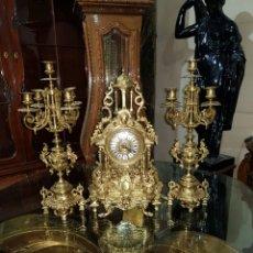 Relojes de carga manual: RELOJ DE SOBREMESA Y CANDELABROS. Lote 140280938