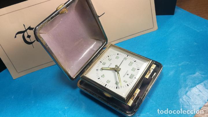 Relojes de carga manual: Botito y antique reloj despertador de viaje JUNGHANS , funcionando - Foto 7 - 140283502