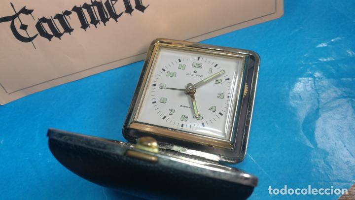 Relojes de carga manual: Botito y antique reloj despertador de viaje JUNGHANS , funcionando - Foto 10 - 140283502