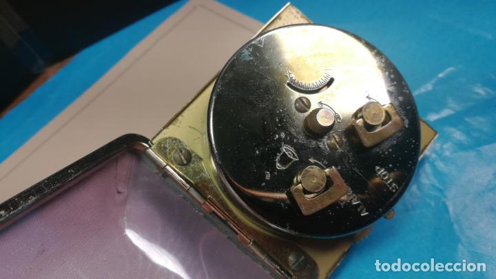 Relojes de carga manual: Botito y antique reloj despertador de viaje JUNGHANS , funcionando - Foto 12 - 140283502