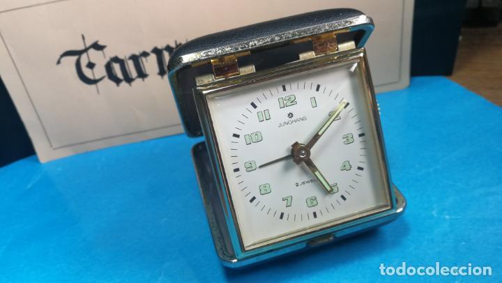Relojes de carga manual: Botito y antique reloj despertador de viaje JUNGHANS , funcionando - Foto 20 - 140283502