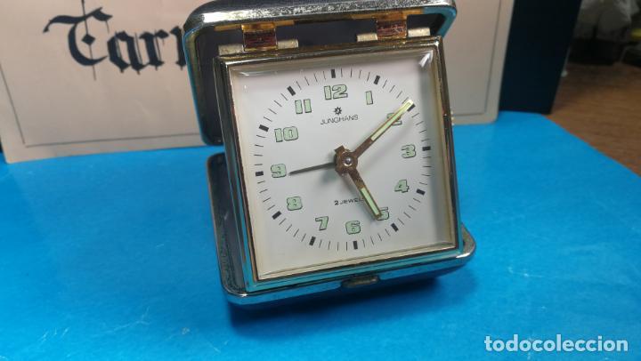 Relojes de carga manual: Botito y antique reloj despertador de viaje JUNGHANS , funcionando - Foto 21 - 140283502