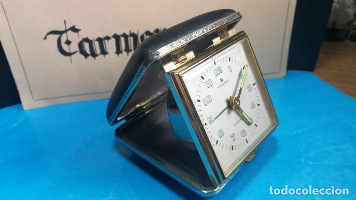 Relojes de carga manual: Botito y antique reloj despertador de viaje JUNGHANS , funcionando - Foto 22 - 140283502