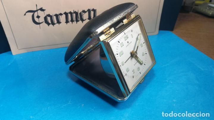 Relojes de carga manual: Botito y antique reloj despertador de viaje JUNGHANS , funcionando - Foto 23 - 140283502