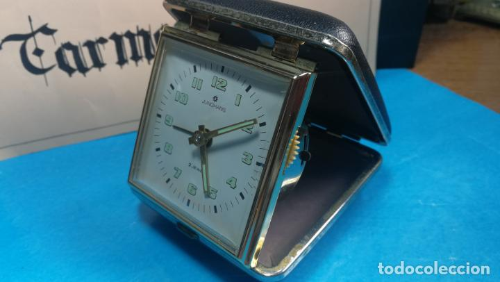 Relojes de carga manual: Botito y antique reloj despertador de viaje JUNGHANS , funcionando - Foto 25 - 140283502