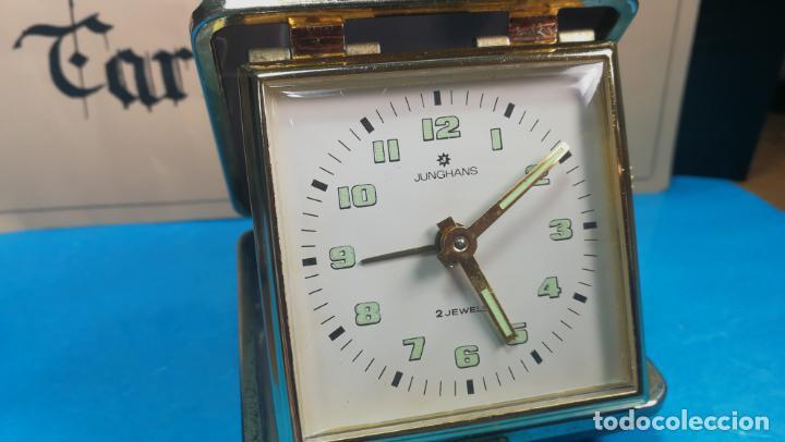 Relojes de carga manual: Botito y antique reloj despertador de viaje JUNGHANS , funcionando - Foto 28 - 140283502