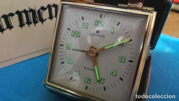 Relojes de carga manual: Botito y antique reloj despertador de viaje JUNGHANS , funcionando - Foto 32 - 140283502