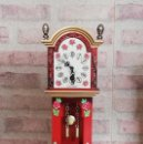 Relojes de carga manual: RELOJ SOBREMESA MINIATURA. MÁQUINA DE LAS DE CUCO SELVA NEGRA. OK. AÑOS 70. Lote 140889870