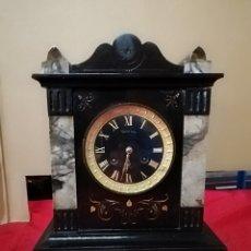 Relojes de carga manual: IMPRESIONANTE RELOJ FRANCÉS SIGLO XIX MÁRMOL NEGRO MUY DETALLADO. Lote 142778524