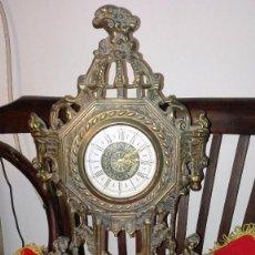 Relojes de carga manual: RELOJ ANTIGUO DE LATÓN.ALEMANIA ORIENTAL.. Lote 141714746