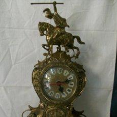 Relojes de carga manual: RELOJ DE SOBREMESA-BRONCE-CON MECANISMO A PILAS. Lote 141900850