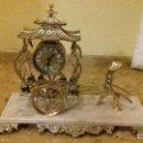 Relojes de carga manual: RELOJ DE SOBREMESA EN METAL DORADO. Lote 142232774