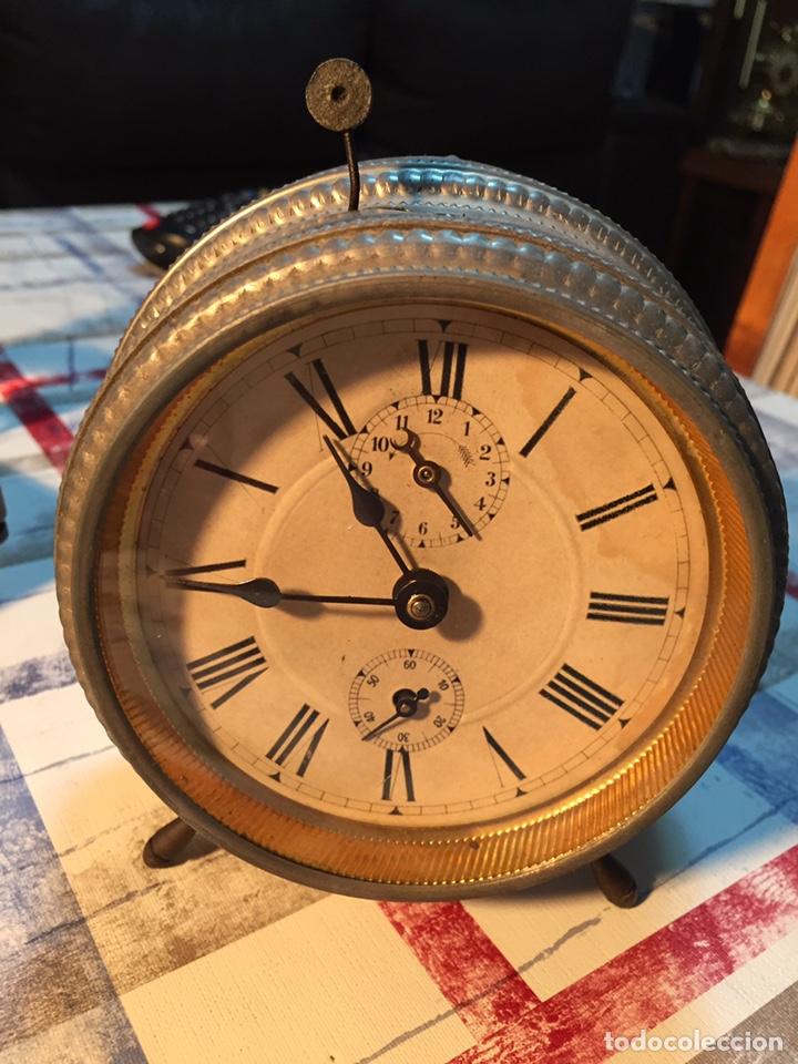 ANTIGUO RELOJ DE SOBREMESA, MEDAILLE D'OR 1900 (Relojes - Sobremesa Carga Manual)