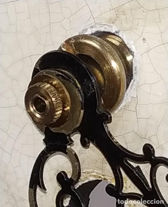 Relojes de carga manual: RELOJ. HIERRO COLADO. ESFERA PINTADA. SIN MAQUINARIA. EUROPA(?). SIGLO XIX - Foto 5 - 142865542