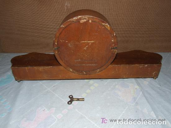 Relojes de carga manual: INTERESANTE RELOJ SOBREMESA AÑOS 50, MARCA KIENZLE ALEMAN - Foto 3 - 143831742