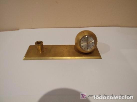 RELOJ SUIZO SOBREMESA DORADO MARCA AGON (Relojes - Sobremesa Carga Manual)