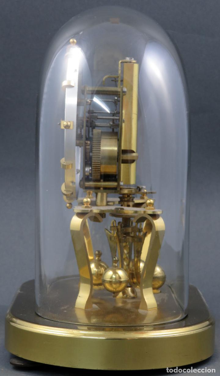 Relojes de carga manual: Reloj Kundo aleman Kieninger Obergfoll pendulo a torsión 400 dias años 50 funcionando - Foto 3 - 144091066