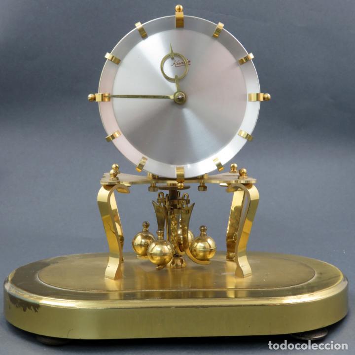 Relojes de carga manual: Reloj Kundo aleman Kieninger Obergfoll pendulo a torsión 400 dias años 50 funcionando - Foto 6 - 144091066